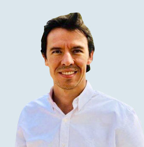 Dr. Daniel Felipe Escobar Valencia