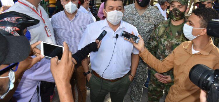 Alcalde de Arauca lideró campaña de sensibilización sobre uso de tapabocas y revisión de los protocolos de bioseguridad en el comercio
