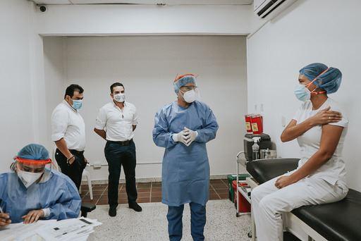 Inició proceso de vacunación contra el Covid19 en Yopal para el personal médico