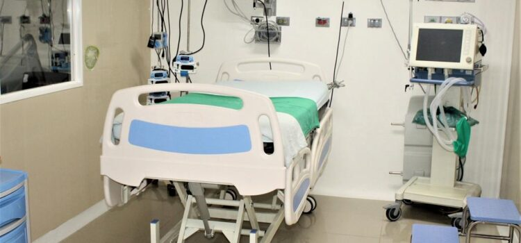 Disminuye el número de pacientes COVID en UCI de Cartagena