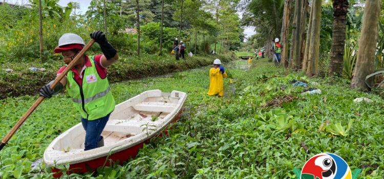 Secretaría de ambiente de Leticia adelanta jornadas de limpieza en sistemas hídricos urbanos