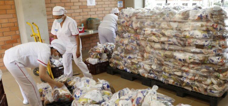 Bucaramanga ha entregado 131.419 paquetes alimentarios para beneficio de estudiantes de colegios oficiales