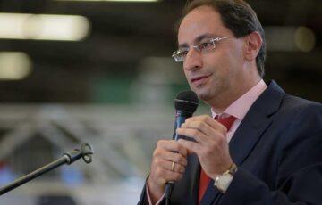 Ministro de Hacienda inicia encuentros en las ciudades para construir consensos frente al Proyecto de inversión social