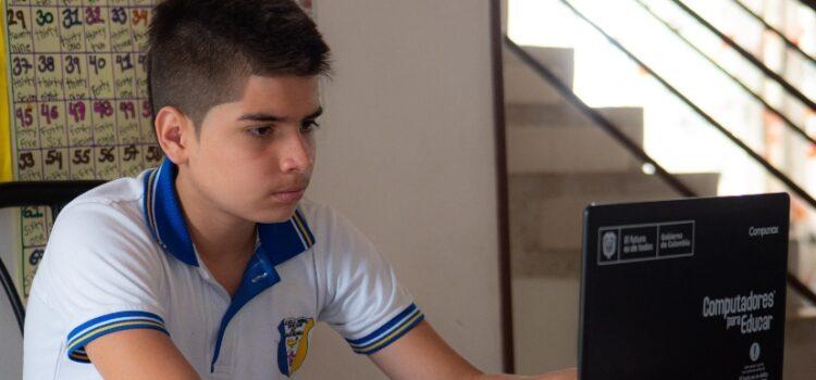 Colegios oficiales, privados y universidades continúan en clases virtuales en Bucaramanga hasta el 4 de junio de 2021
